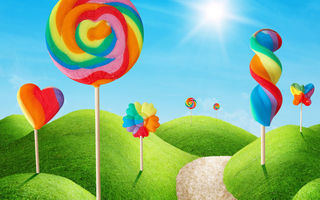 Обои sweet, candy, colorful, lollypop, небо, солнце, трава, леденцы