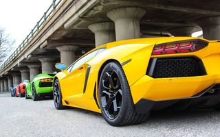 Обои supercars, Aventador, red, yellow, green, LP700-4, Lamborghini, blue