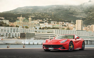 Обои Ferrari, red, berlinetta, F12