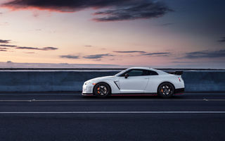 Обои Nissan, Wheels, Side, White, Car, Sport, Nismo, GT-R, R35, Road