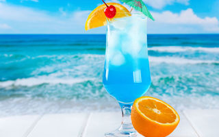 Картинка лед, fresh, пляж, fruits, orange, cocktail, curacao, море, коктейль, tropical, drink, blue, фрукты