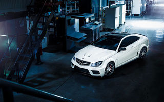 Обои View, Series, Color, AMG, White, C63, Top, Mercedes-Benz, Ligth, Black