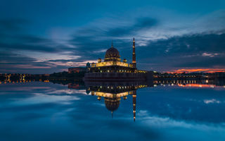 Обои Malaysia, закат, clouds, небо, облака, вечер, sunset, пролив, strait, Малайзия, evening, Putrajaya, mosque, мечеть, тучи, Путраджайя, sky