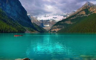 Обои canada, озеро, национальный парк, national park, Emerald Lake Louise, Канада, emerald lake louise