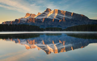 Обои banff, отражение, national park, two jack, reflection, rundle, лес, lake, гора, природа, canada, озеро