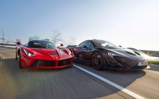 Обои Ferrari, Red, McLaren, Front, Supercars, Lead, P1, Road, Sun, Black, Speed, Moutian, Sky, Power, LaFerrari