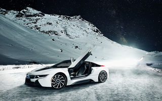 Картинка BMW, Mountain, Sky, Nigth, Front, White, Ligth, Snow, i8