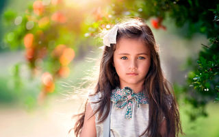 Обои Wind in her hair, портрет, девочка, child photography, прелесть