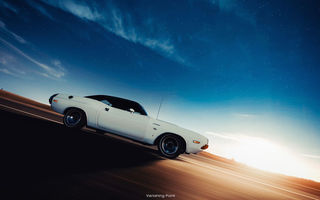 Обои vanishing point, додж, dodge challenger, muscle car, в движении