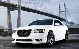 Картинка небо, 300c, chrysler, srt8, крайслер, мост