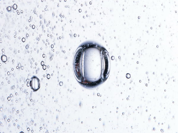 Обои Water and Drops