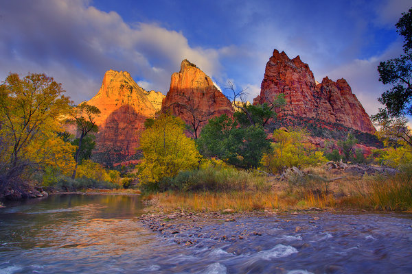 Обои utah, zion national park, first light on the peaks - three patriarches, virgin river