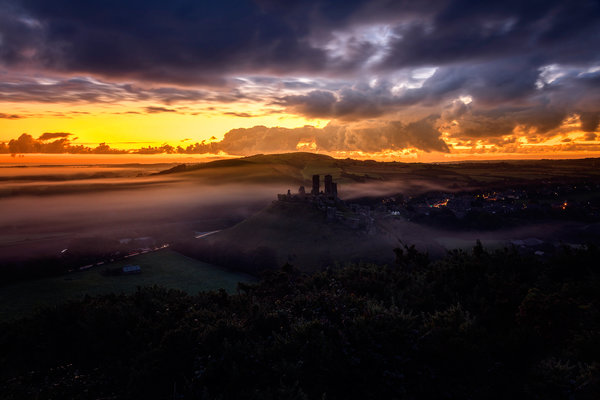 Обои Dorset, The Narratographer, осень, Corfe Castle, закат
